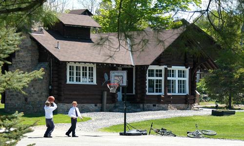Rosseau_Lake_College.jpg - 192.88 kb