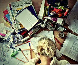 girl-studying-4d642ae5ee45f899aed3463f34da25b3.jpeg - 50.16 kb