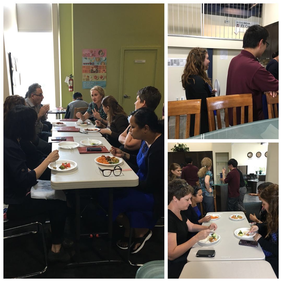 student_with_teacher_to_hava_lunch123.jpg - 135.93 kb
