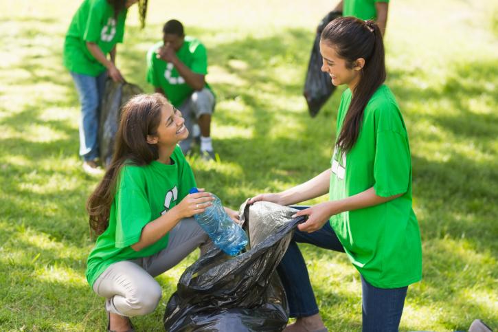 volunteering_during_middle_school.jpg - 256.87 kb